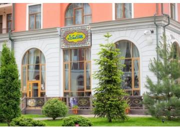 """Ресторан """"Узбечка""""   Горнолыжный курорт Горки Город"""